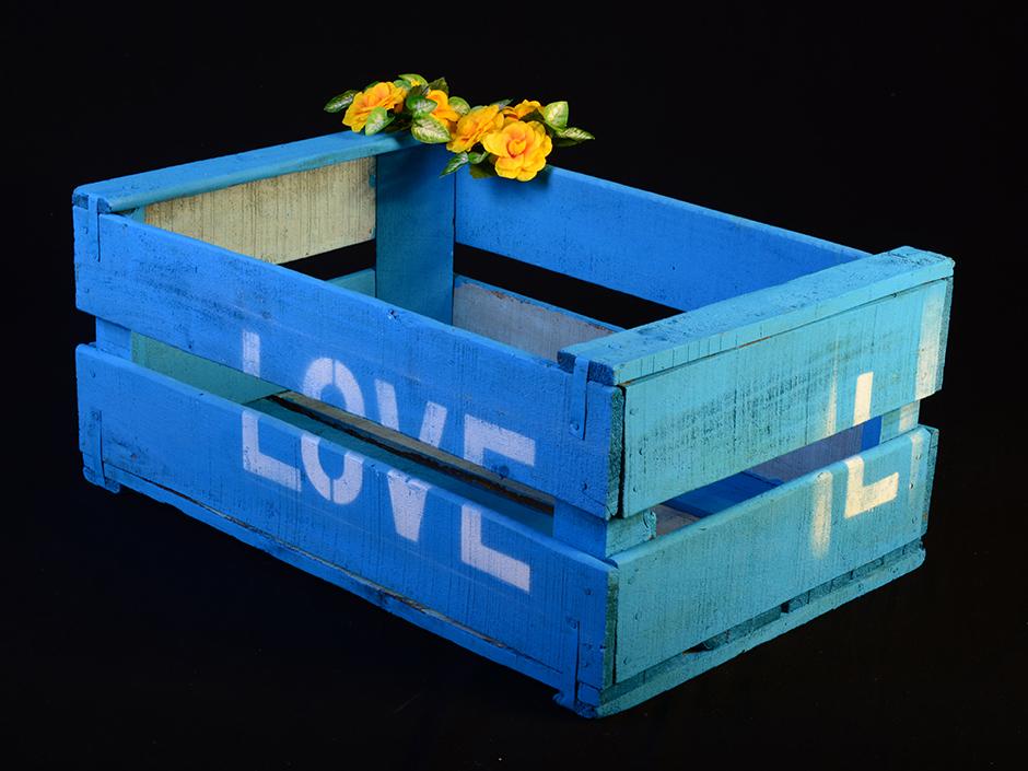 Pablo antig edades caja de fruta de madera pintada love pablo antig edades - Cajas de fruta ...